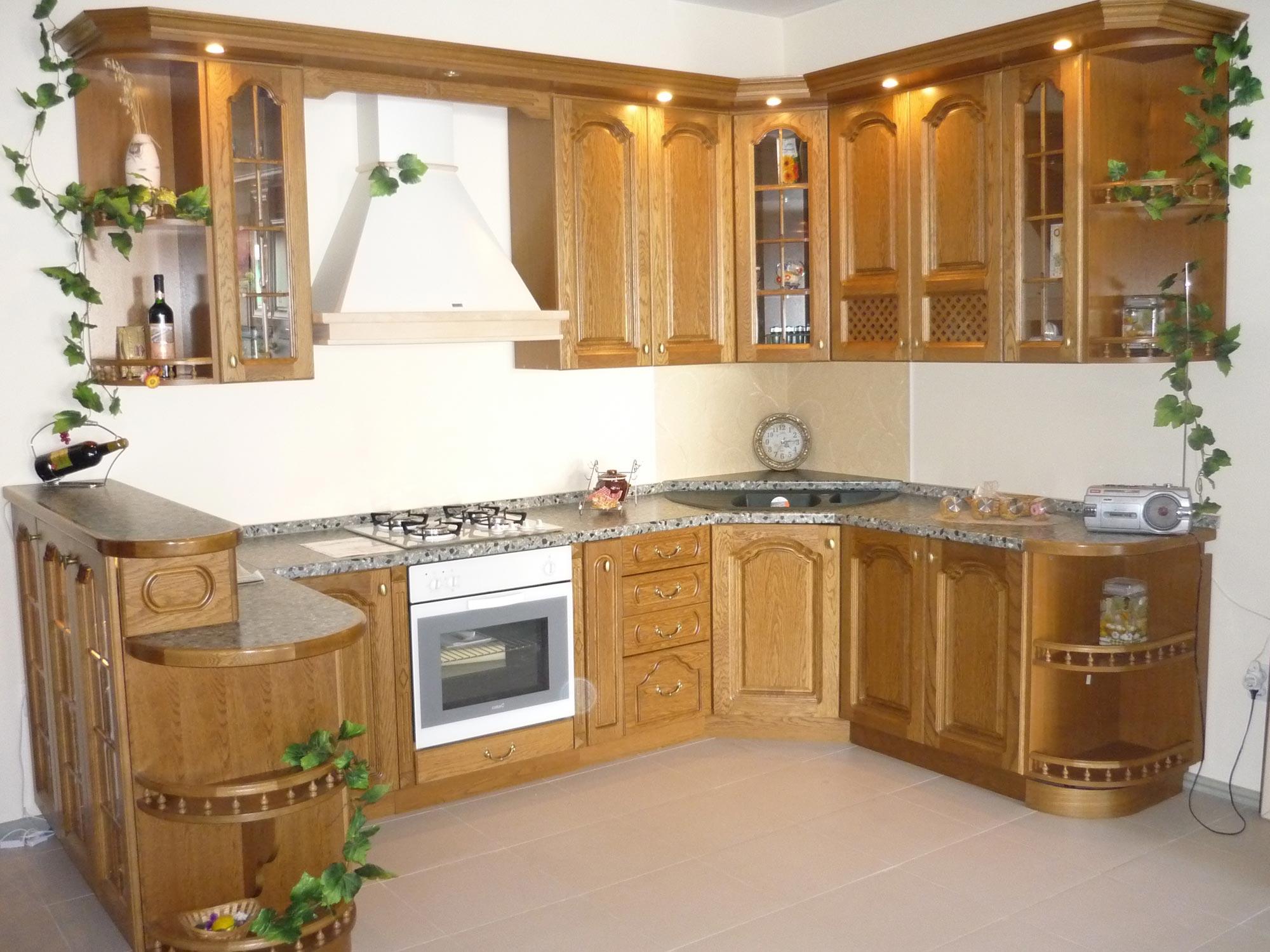 Дизайн кухонь из массива дуба